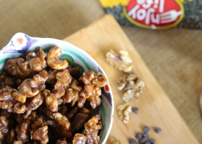 Healthy Caramel Chocolate Walnuts